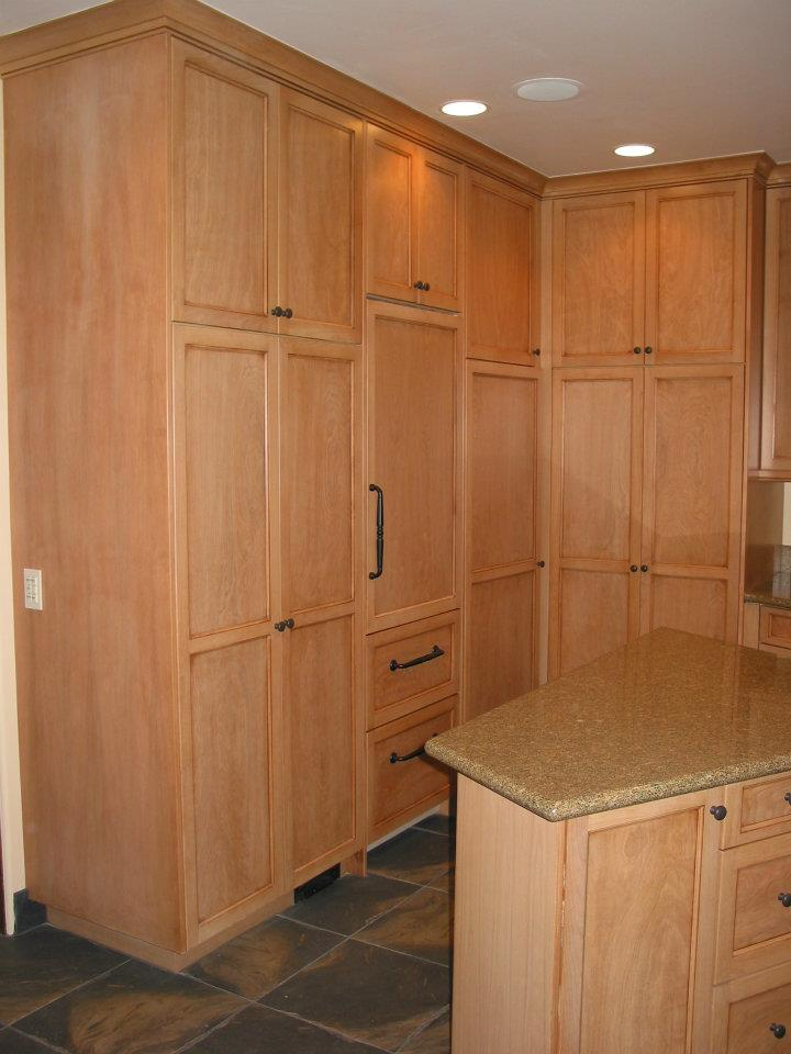 Laundary and Storageroom Cabinets & Multipurpose Laundry / Storage Room | Feist Cabinets and Woodworks Inc.