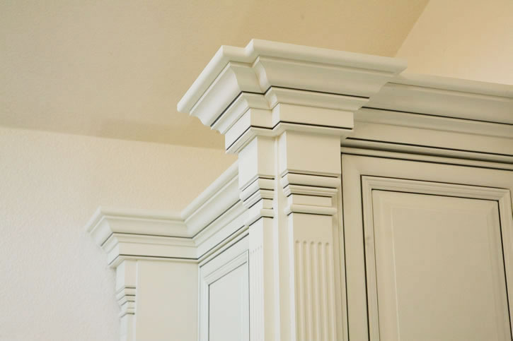 Glazed Crown Molding : Custom glazed crown molding feist cabinets and woodworks