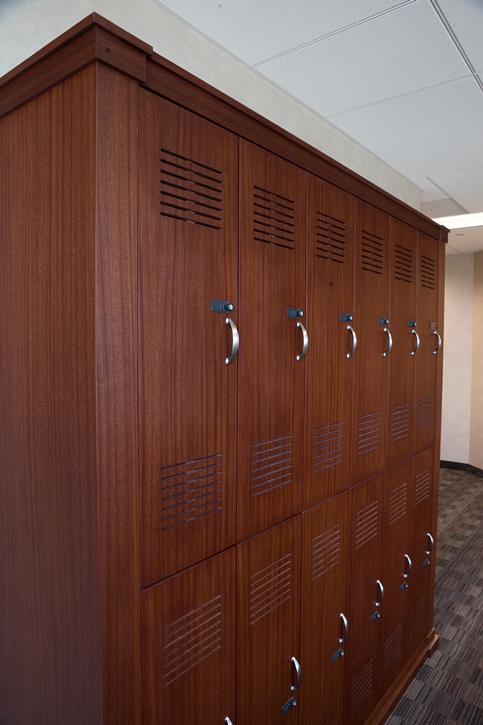 Sapele locker unit