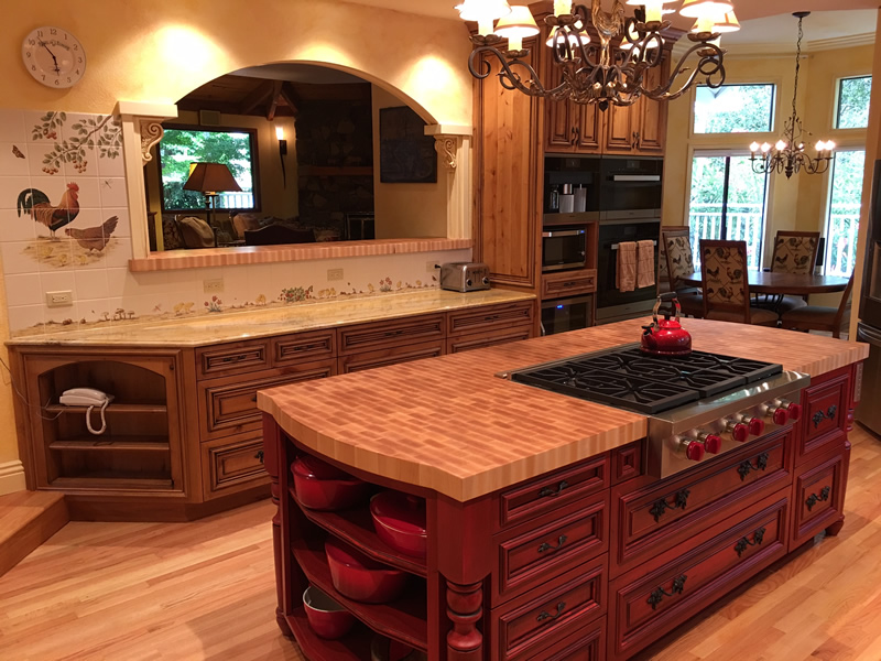 Knotty Alder Cabinets and Glazed Center Island